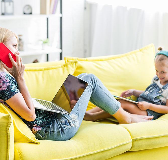 Madre e figlia con Nordisk TV Box
